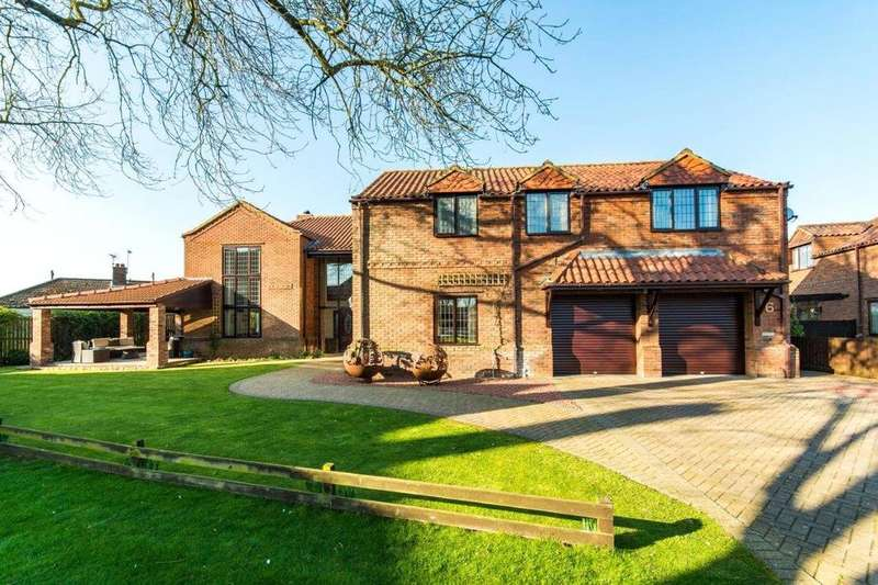 4 Bedrooms Detached House for sale in The Old School Yard, School Lane, Redbourne, Gainsborough, DN21