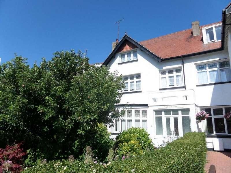 5 Bedrooms Semi Detached House for sale in Trinity Avenue, Llandudno, North Wales