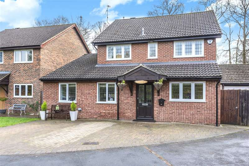 4 Bedrooms Detached House for sale in St. Johns Road, Ascot, Berkshire, SL5