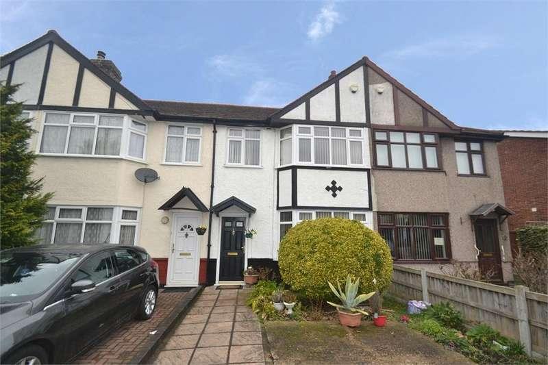 3 Bedrooms Terraced House for sale in Waterbeach Road, Slough, Berks