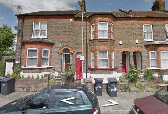4 Bedrooms Terraced House for rent in Windmill Road, Luton, Bedfordshire, LU1