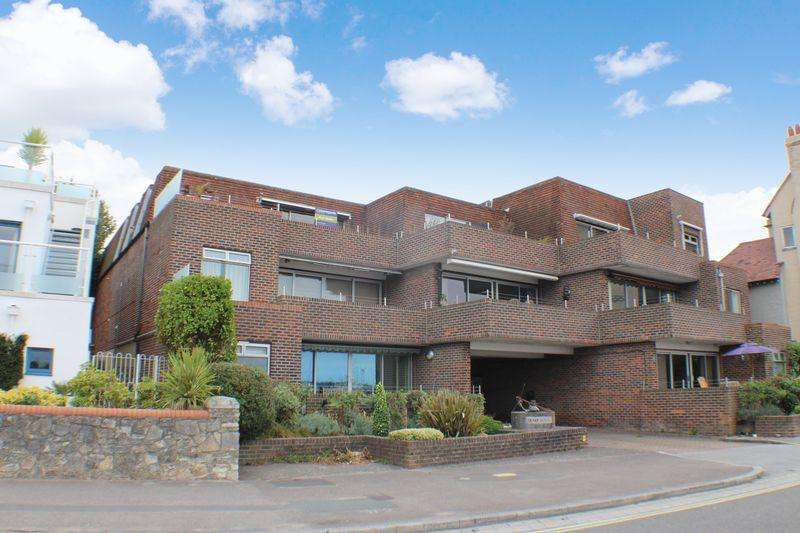 2 Bedrooms Apartment Flat for sale in Shore Road, Warsash