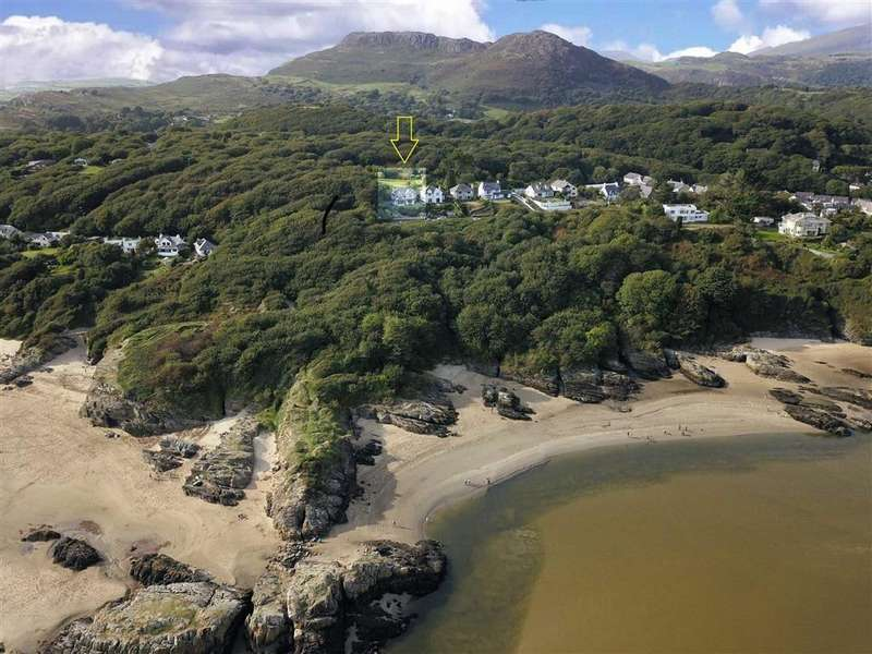 5 Bedrooms Detached House for sale in Borth Y Gest