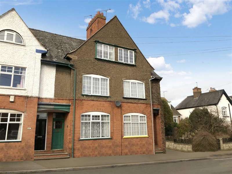 3 Bedrooms Town House for sale in Station Road, Lutterworth, Leicestershire