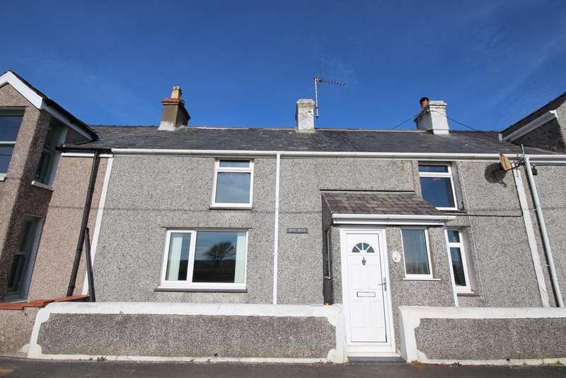 3 Bedrooms Terraced House for sale in 2 Foundry Terrace, Pencarnisiog, Ty Croes, Anglesey LL63