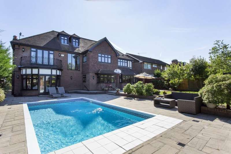 7 Bedrooms Detached House for rent in Hainault Road, Chigwell, Essex