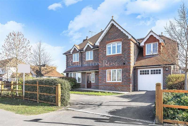 5 Bedrooms Detached House for sale in Woodley, Reading,