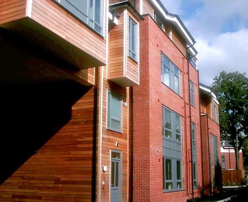 2 Bedrooms Flat for sale in Dukes Court, Wellington Road, Manchester