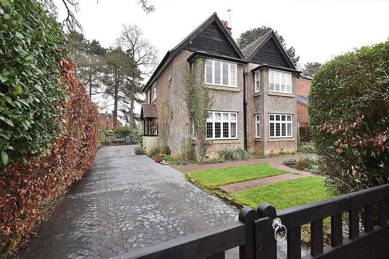 4 Bedrooms Detached House for sale in Bulkeley Road, Handforth
