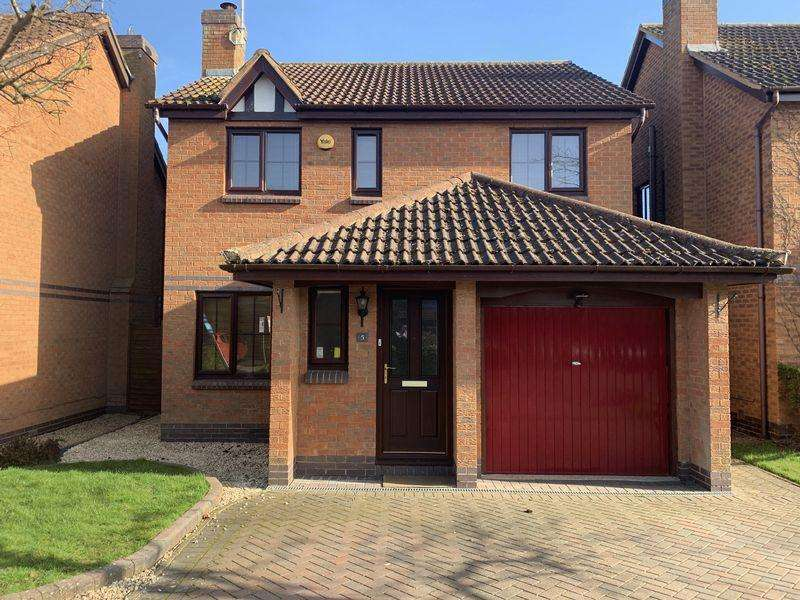 4 Bedrooms Detached House for sale in Cooks Meadow, Edlesborough