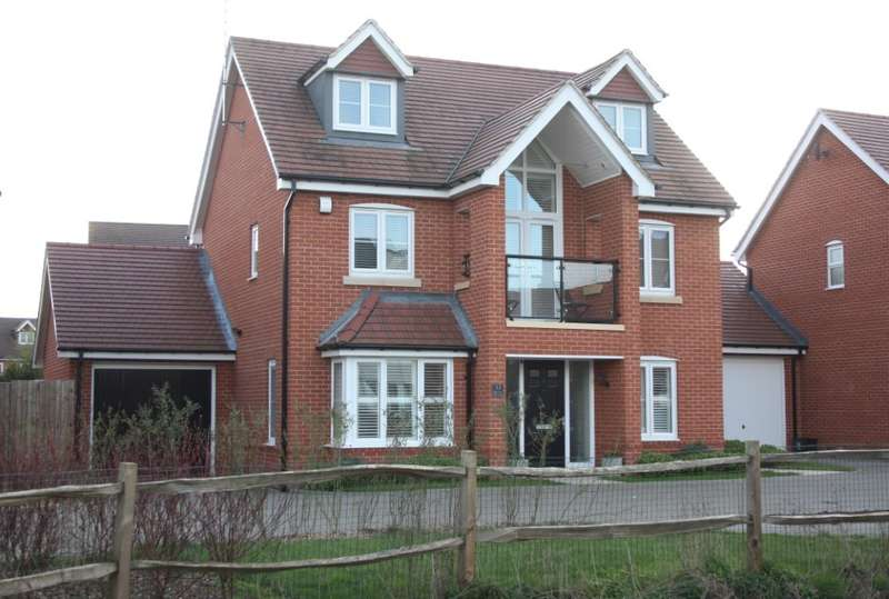4 Bedrooms Detached House for sale in Bluebell Crescent, Woodley, Reading, RG5