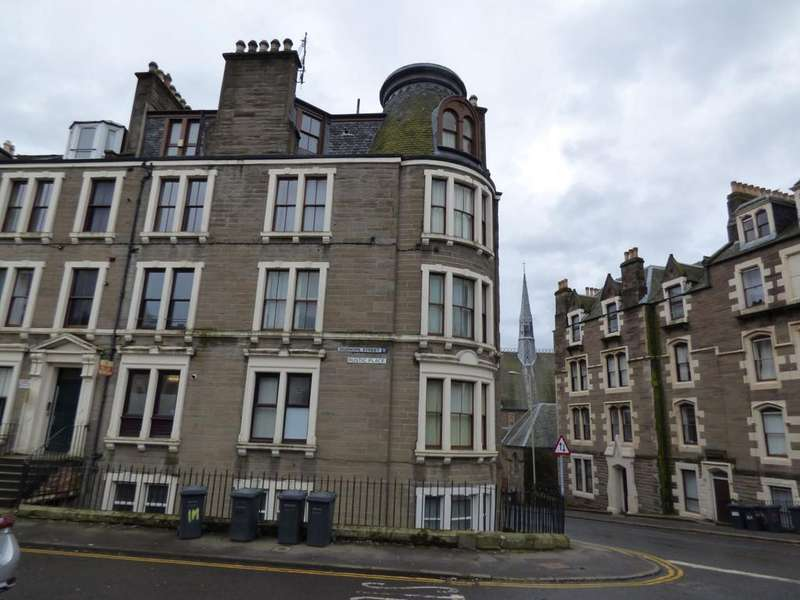 4 Bedrooms Flat for sale in Rustic Place, Dundee DD1