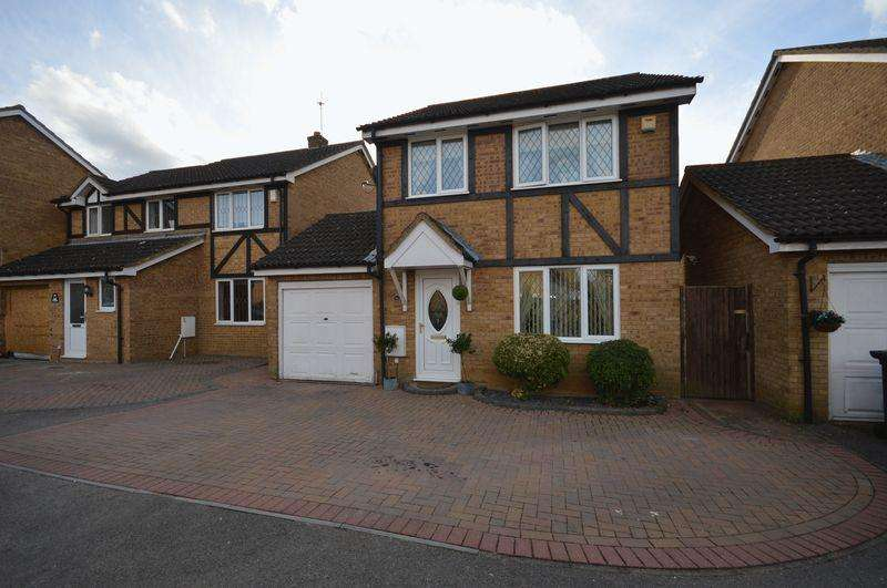 3 Bedrooms Detached House for sale in Swan Mead, Luton