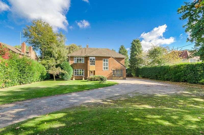 3 Bedrooms Detached House for sale in Birdingbury Road, Marton, Rugby