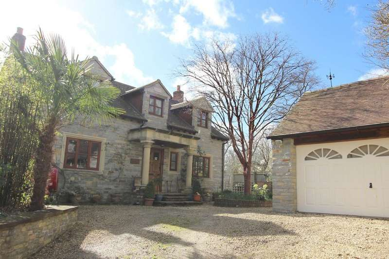 4 Bedrooms Detached House for sale in Overleigh, Street