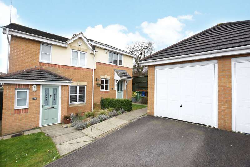 2 Bedrooms Semi Detached House for sale in Babbage Way, Bracknell, Berkshire, RG12