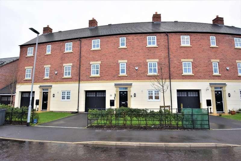 4 Bedrooms Town House for rent in Faulkner Crescent, Lytham St Annes, Lancashire, FY8 3FJ