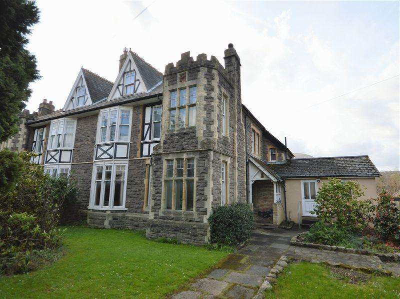 5 Bedrooms Semi Detached House for sale in Monmouth Road, Abergavenny