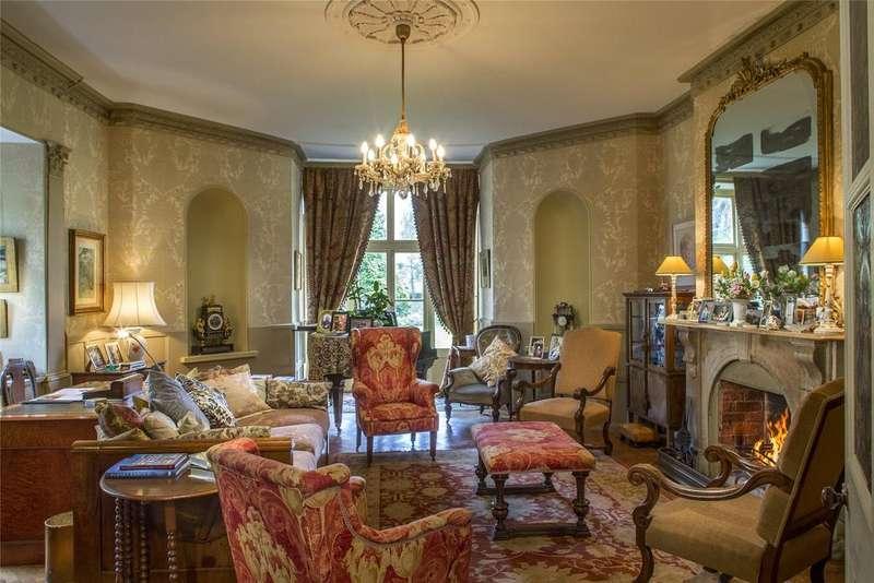 7 Bedrooms Detached House for sale in Bishopstone, Hereford, HR4