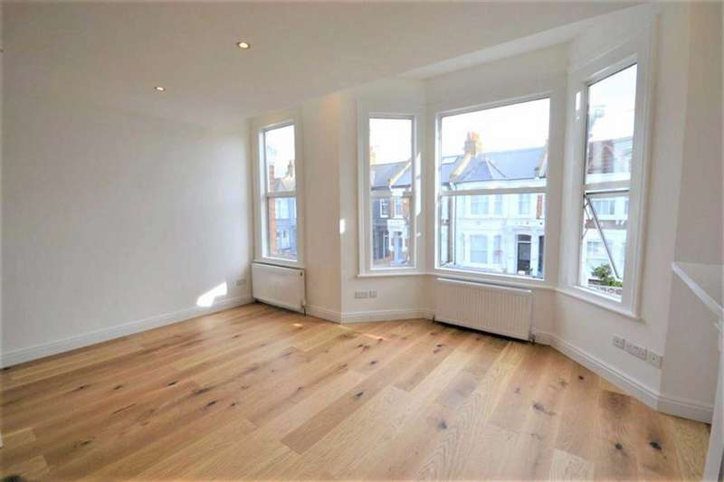 3 Bedrooms Flat for sale in Purvis Road, Kensal Rise, NW10