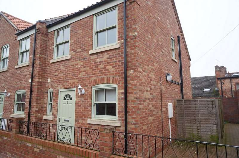 2 Bedrooms Mews House for sale in Waverley mews, Queen street, Market Rasen