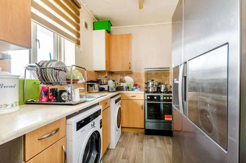 2 Bedrooms Flat for sale in Beckenham Hill, BR3, Beckenham Hill, BR3