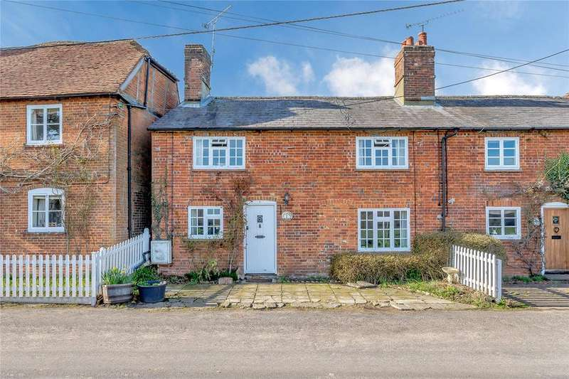 4 Bedrooms Terraced House for sale in Vine Cottages, The Street, Greywell, Hook