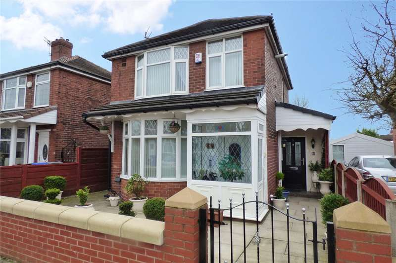 3 Bedrooms Detached House for sale in West Avenue, New Moston, Manchester, M40