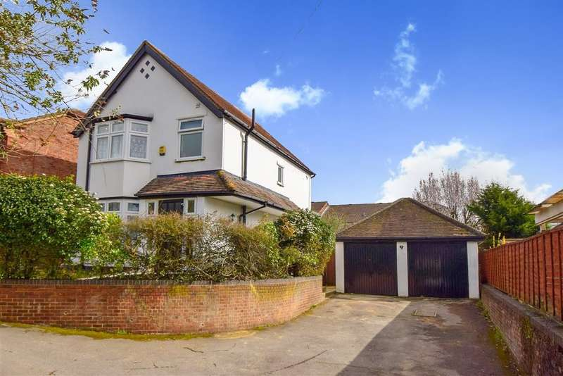 3 Bedrooms Detached House for sale in Huntercombe Lane North, Taplow, Maidenhead, SL6