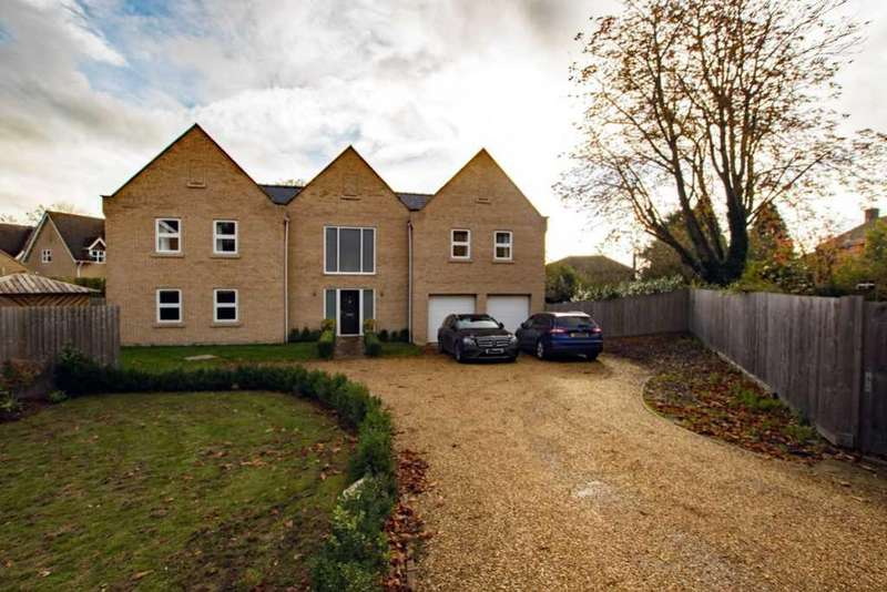 5 Bedrooms Detached House for sale in Yew Tree Gardens Sutton, Ely, Cambridgeshire CB6 2ND