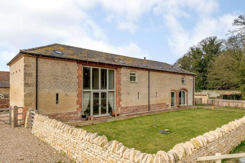 4 Bedrooms Unique Property for sale in The Threshing Barn, Navenby, Lincoln, LN5
