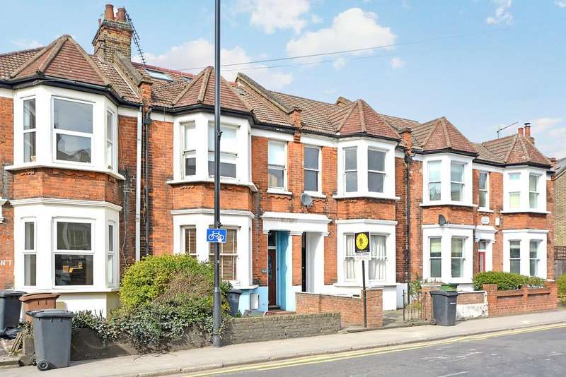4 Bedrooms Terraced House for sale in Cassland Road