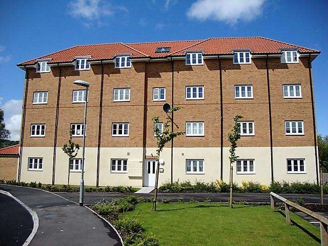 2 Bedrooms Penthouse Flat for sale in off Avondale Road, Cwmbran NP44