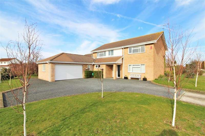 5 Bedrooms Detached House for sale in Skyrmans Fee, Frietuna