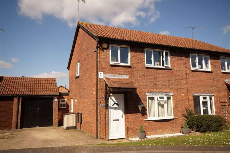 3 Bedrooms Semi Detached House for sale in Easby Way, Lower Earley, READING, Berkshire