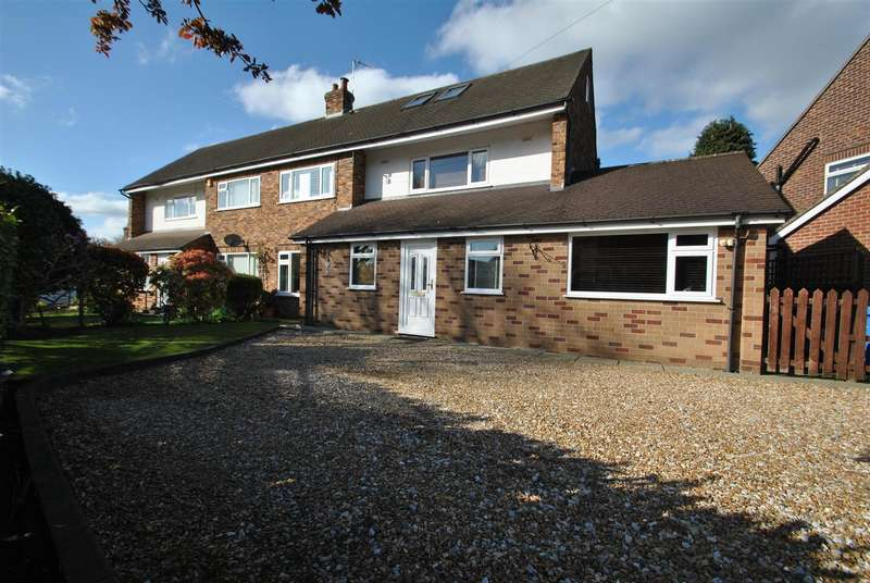 4 Bedrooms Semi Detached House for sale in Hillfoot Crescent, STOCKTON HEATH, Warrington, WA4