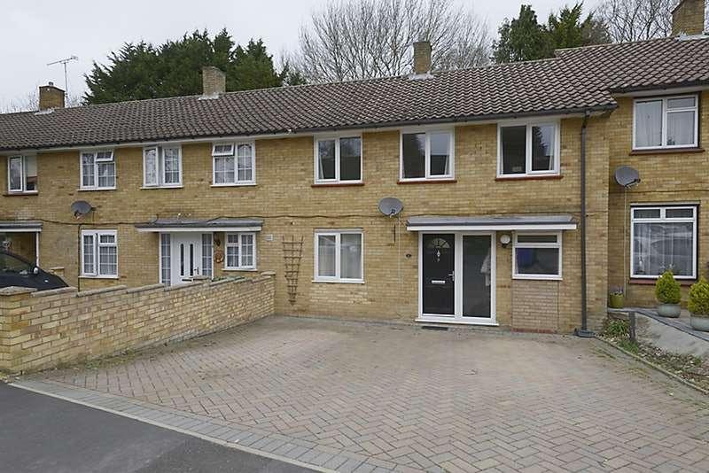 3 Bedrooms Terraced House for sale in Littledale Close, Bracknell, Berkshire, RG12