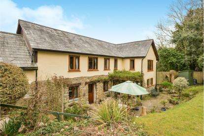 3 Bedrooms Barn Conversion Character Property for sale in Liskeard, Cornwall