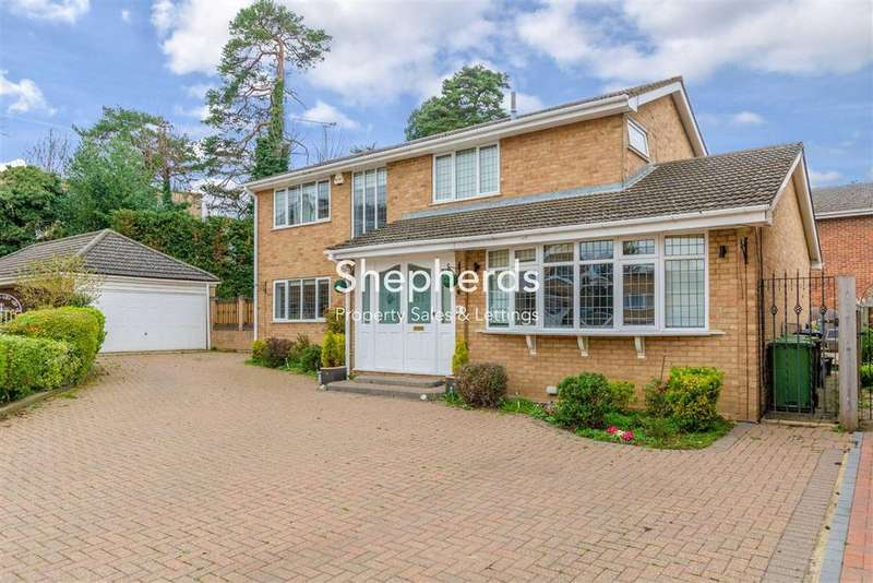 4 Bedrooms Detached House for sale in Riversmead, Hoddesdon, Hertfordshire, EN11