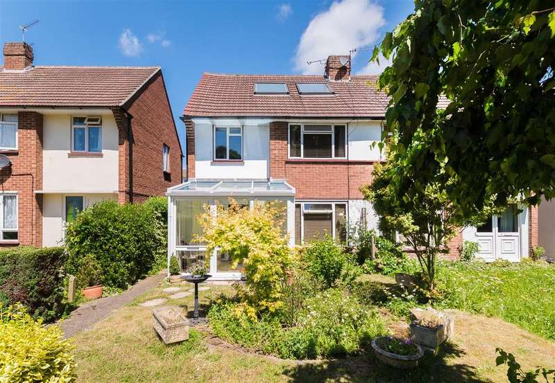 4 Bedrooms Semi Detached House for sale in Greenacre, Windsor