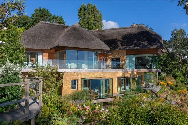 5 Bedrooms Detached House for sale in St Peter Port, Guernsey