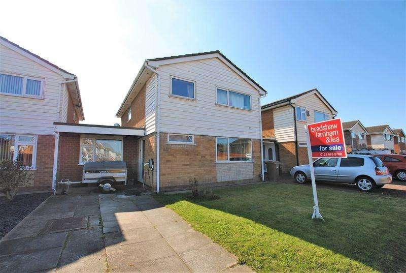 5 Bedrooms Detached House for sale in Carr Gate, Moreton
