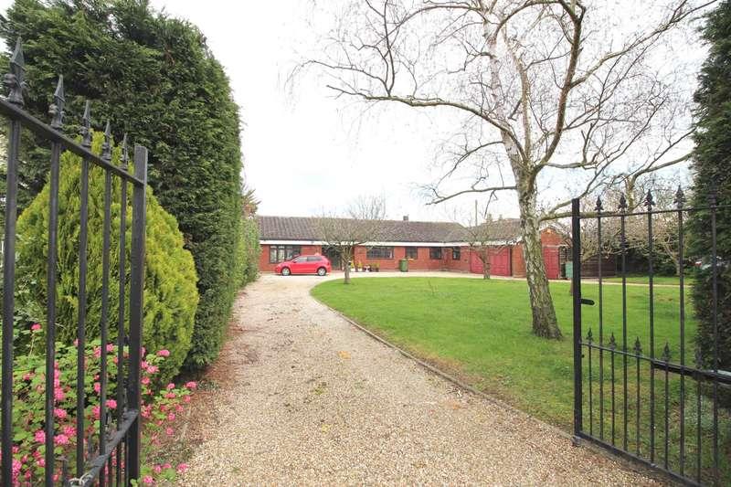 3 Bedrooms Detached Bungalow for sale in Burnham Road, Althorne