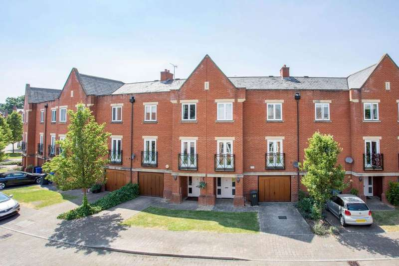 4 Bedrooms Terraced House for sale in Longbourn, Windsor