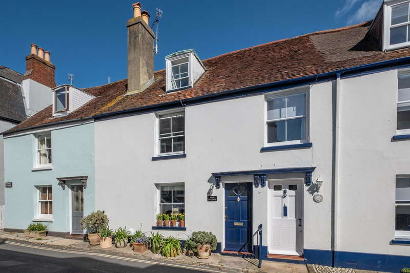 3 Bedrooms Cottage House for sale in Cowes, Isle of Wight