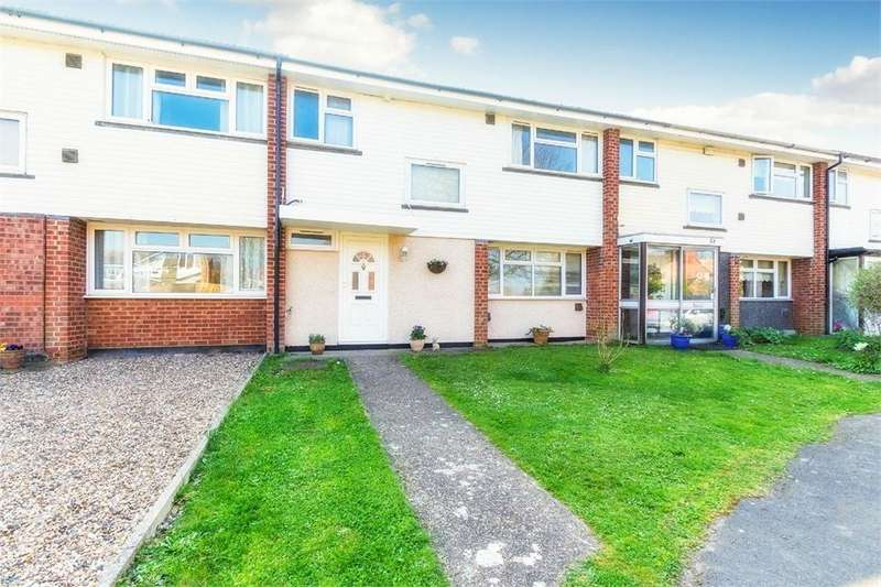 3 Bedrooms Terraced House for sale in Montrose Avenue, Datchet, Berkshire