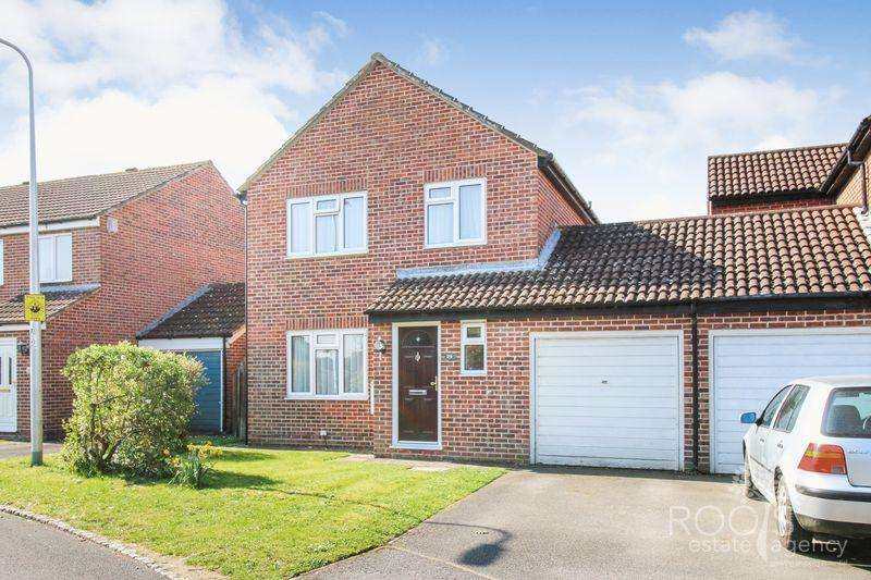 3 Bedrooms Detached House for sale in Somerton Grove, Thatcham