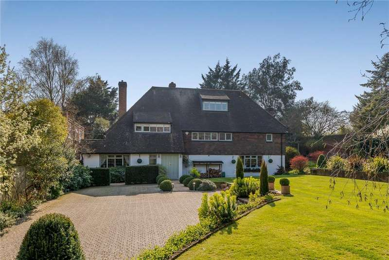 5 Bedrooms Detached House for sale in Hibbert Road, Bray, Berkshire, SL6