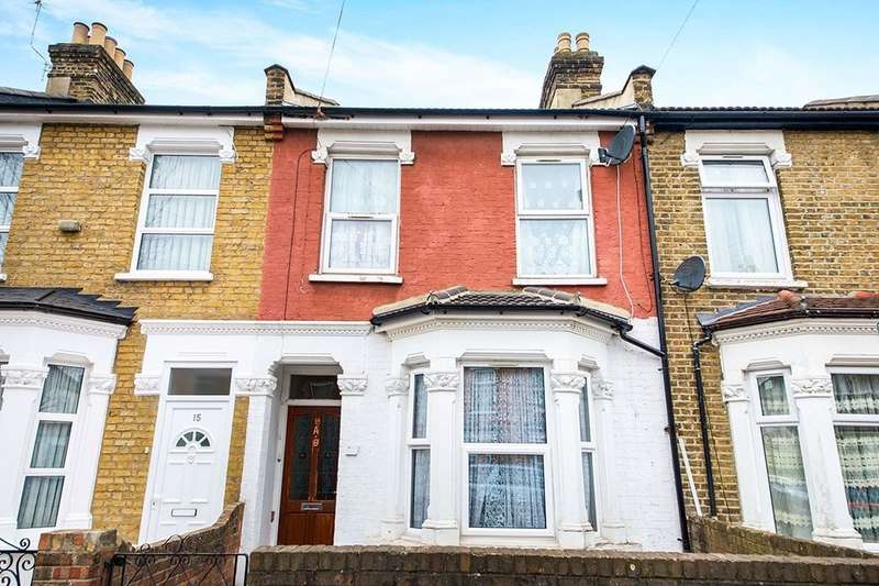 2 Bedrooms Flat for sale in Birchdale Road, London, E7