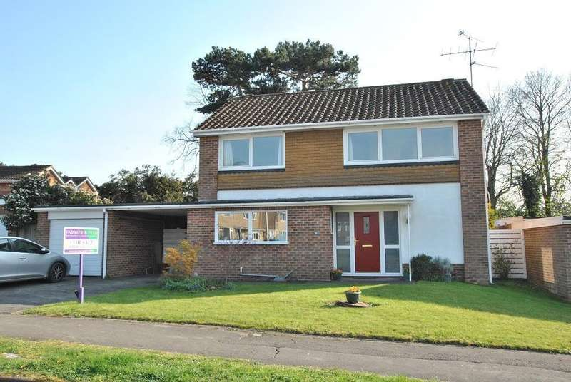4 Bedrooms Detached House for sale in Rosehill Park, Emmer Green, Reading